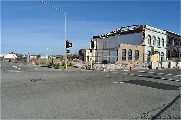 Muchas de las casas de la ciudad todavía tienen que demolerlas