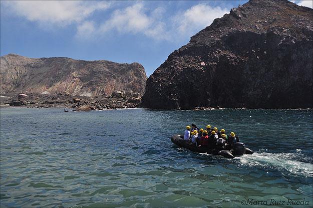 Traslado en lancha hasta la costa de la isla