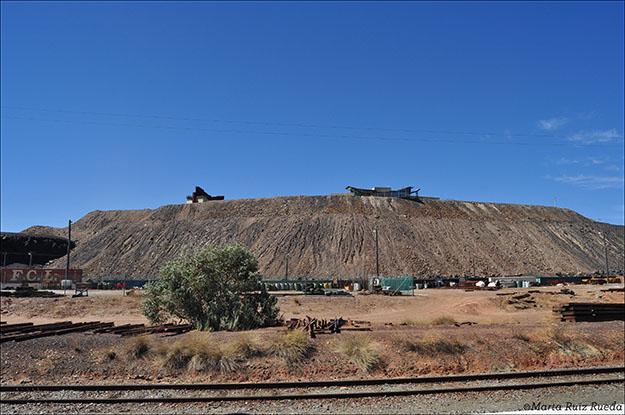 Cerro que domina Broken Hill, donde se encuentra el Memorial a los mineros