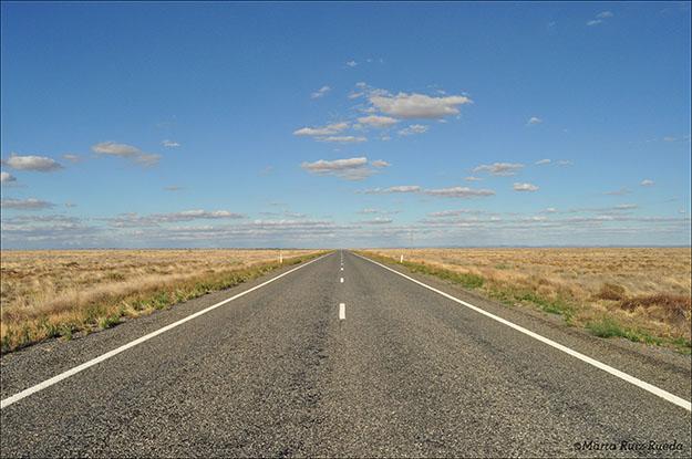 Carreteras infinitas de camino al Territorio del Norte