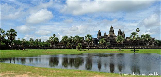 El conjunto de Angkor fue declarado Patrimonio de la Humanidad por la UNESCO en 1992 así como incluido en la lista de Patrimonio Mundial en peligro