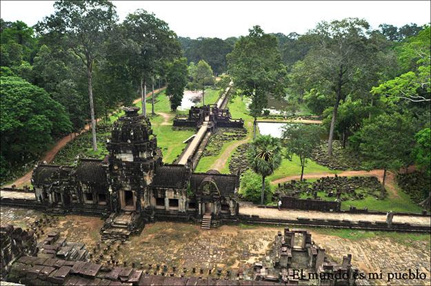 Vistas desde lo alto de uno de los templos de Angkor