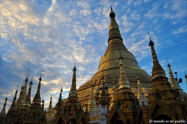 Shwedagon Pagoda en Yangon, Myanmar