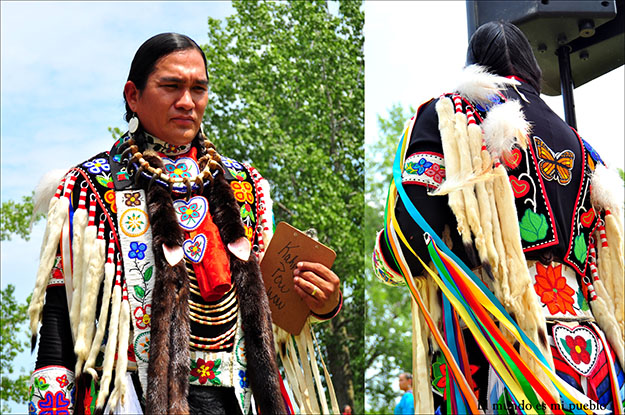 Jurado en el concurso de danza Mohawk